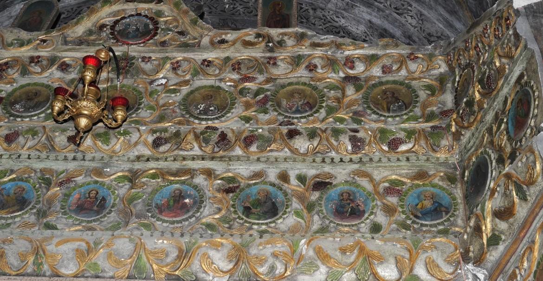 Mănăstirea Berislăvești - Catapeteasma de piatra